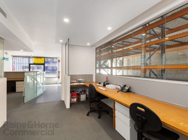 Warriewood Warehouse Office Combo