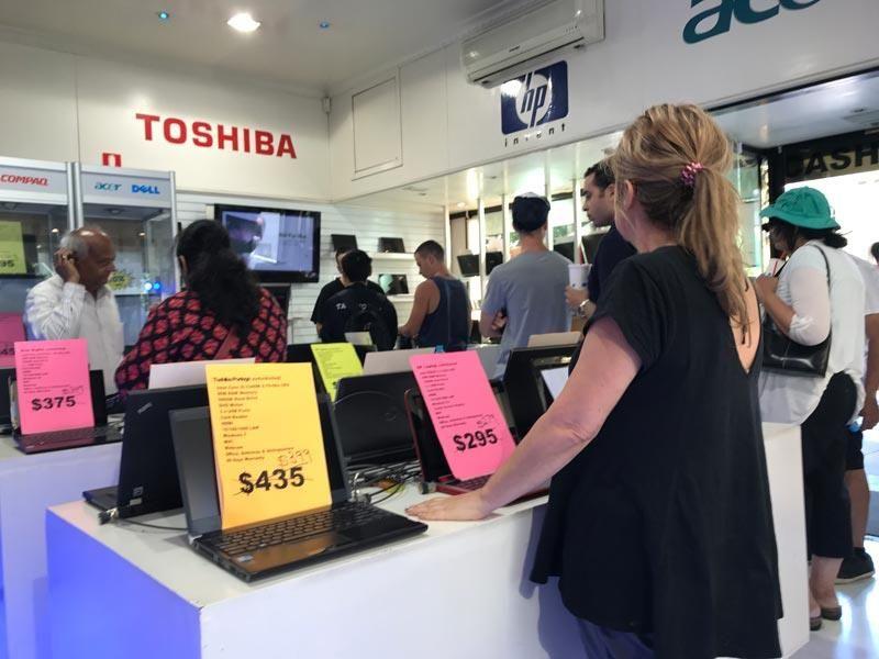 Laptop Computer Mobile Phone Sales & Service Centre Melbourne CBD - Cheap Rent