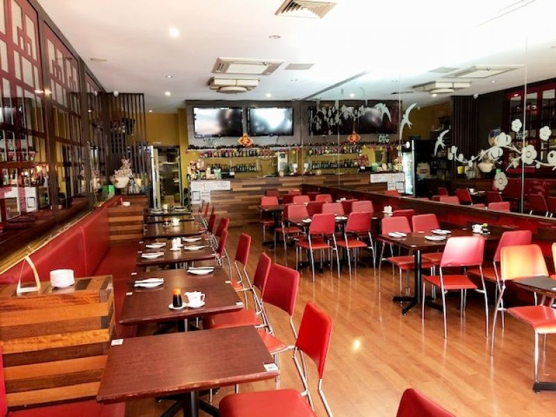 ACLAND STREET LEASING OPPORTUNITY – RESTAURANT WITH FITOUT!