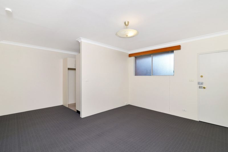 Conveniently Located One Bedroom Apartment