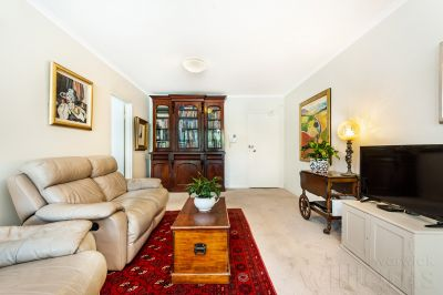 Relaxed Waterfront Living with Superb Facilities