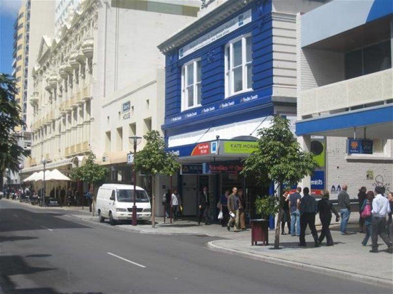 Prime Small Shop Near Gucci