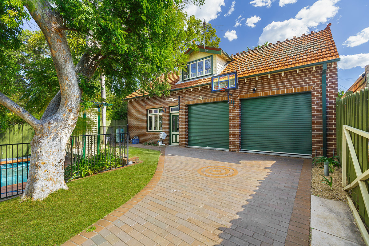 31 Culdees Road, Burwood Heights