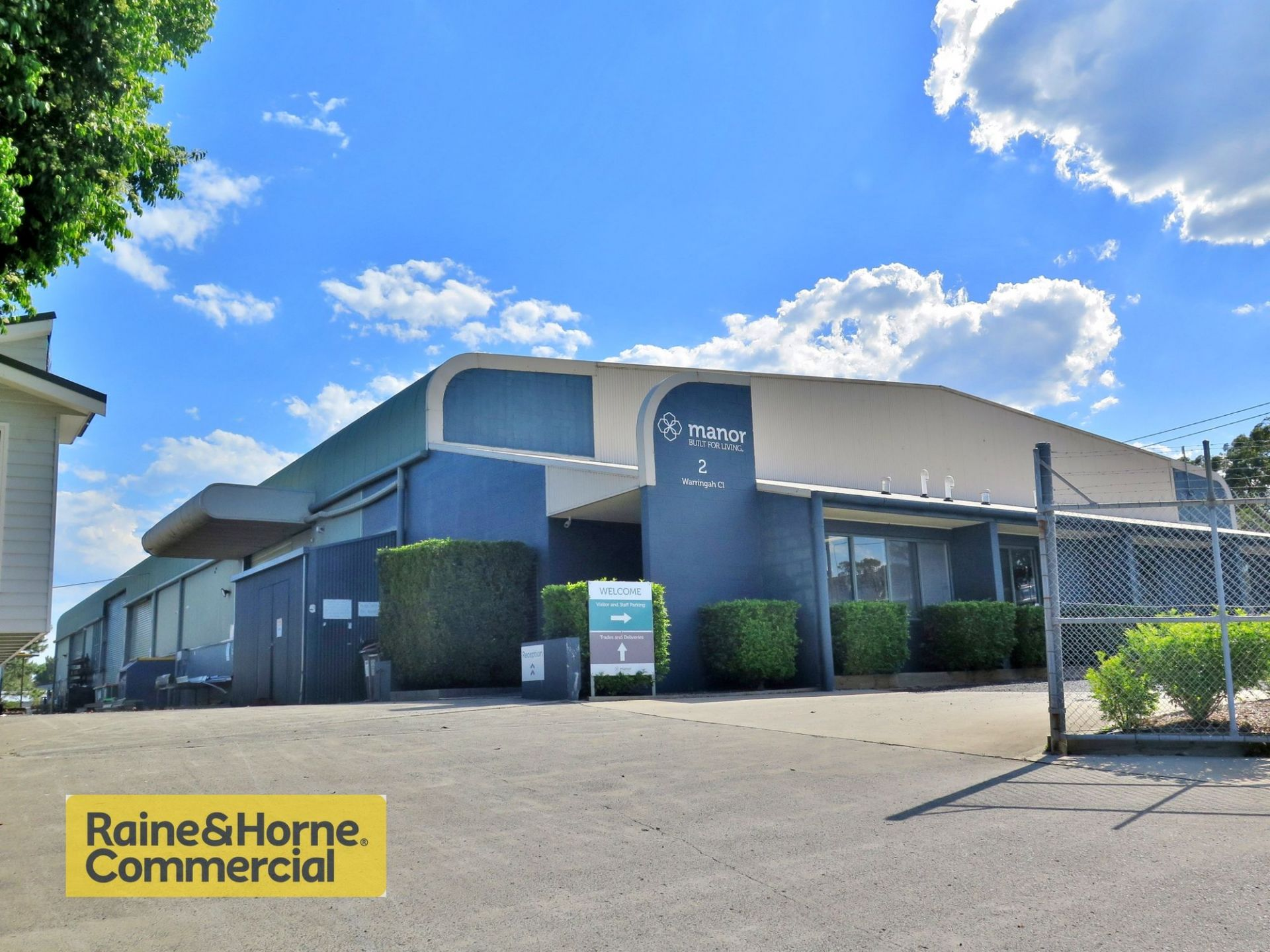 Tenanted freehold industrial investment!