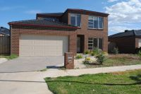 Featherbrook Estate, 17 Wildcherry Place: Large Two Storey Home!