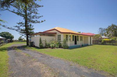 HOUSE + UNIT  ON 1487M2 BLOCK RETURNING $385 p/w