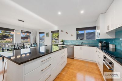 2 Merlot Court, Hawley Beach