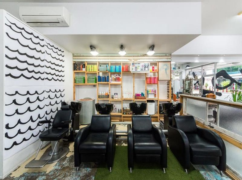 PRIME RETAIL PERFECT FOR HAIRDRESSERS & BARBERS