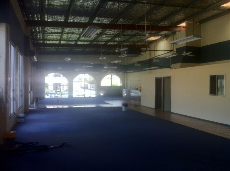 Well Configured Open Plan Showroom – Mixed Use Fringe Business Precinct