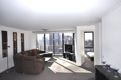 Melbourne Tower: 34th Floor, Fully Furnished - Fantastic Views!