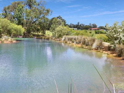 THE LAKES, WA 6556