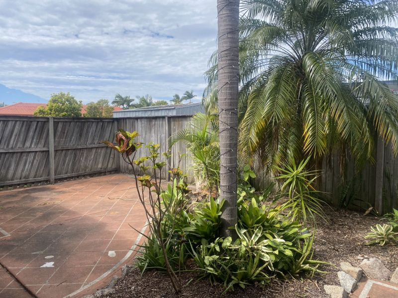 Private Rentals: 4/2 Felicia Court, Burleigh Waters, QLD 4220