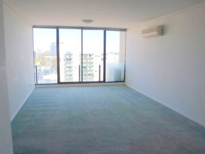 Capri: 12th Floor - Perfectly Positioned For Easy Living!