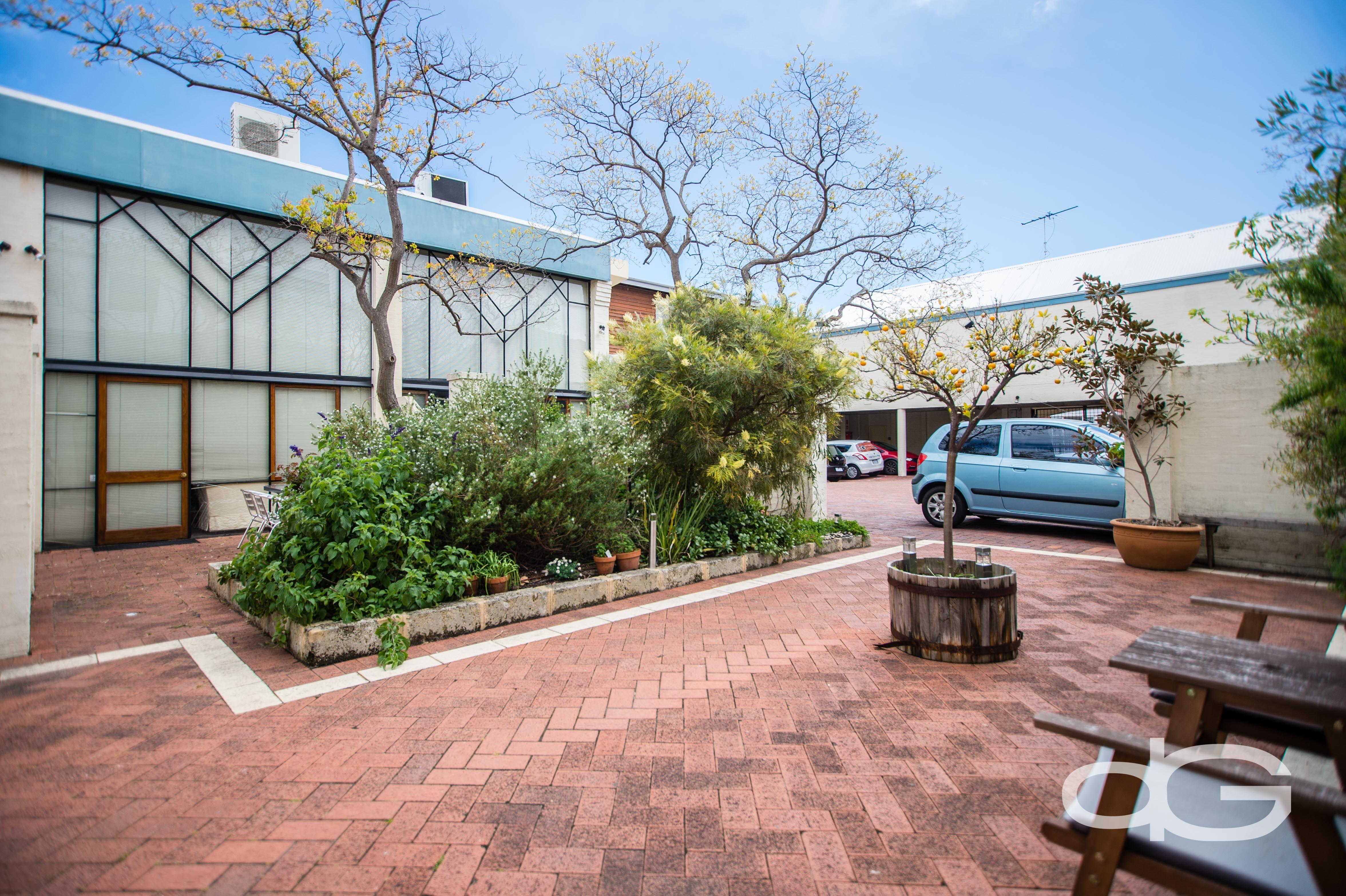 2/3 Ellen Street, Fremantle