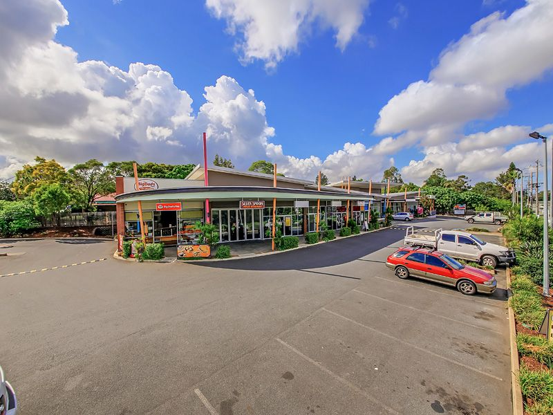 For Lease: 135sqm* Retail / office space ideal for all medical / retail users!