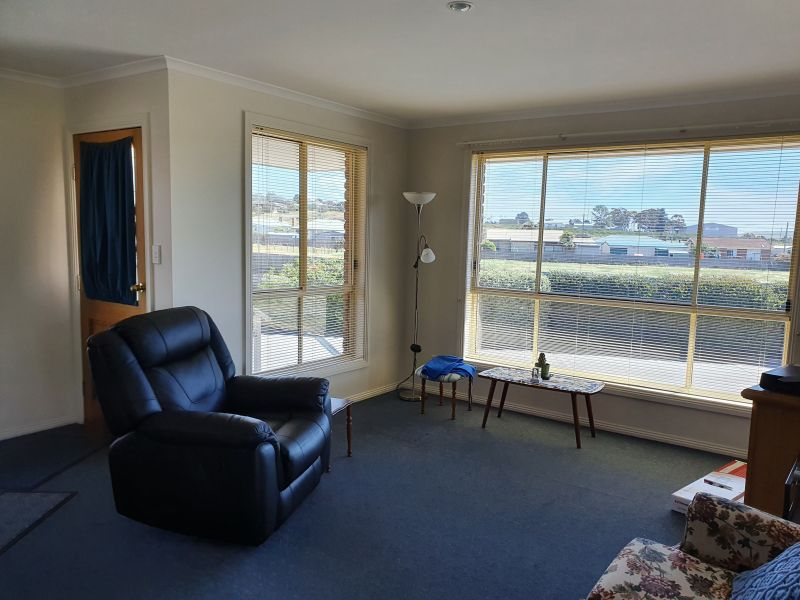 For Sale By Owner: 4/19 William Street, Oatlands, TAS 7120