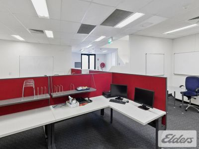 OFFICE / RETAIL FREESTANDER IN ALBION
