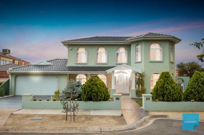 Bring the family & turn this huge house into a luxurious home.