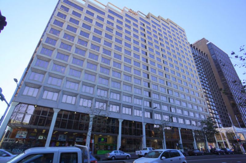 THE ULTIMATE CONVENIENCE - IDEAL CORPORATE HQ IN ICONIC BUILDING