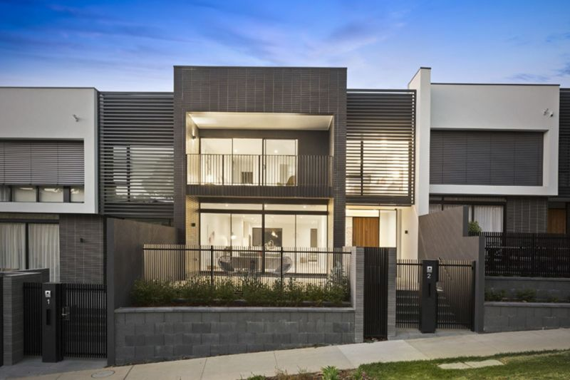 2:00PM - 2:30PM 2 Makybe Walk Doncaster A High-End Family Home
