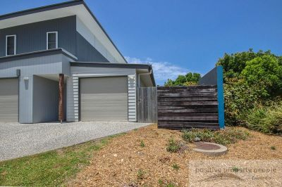 Perfectly Positioned 2 Bedroom Duplex
