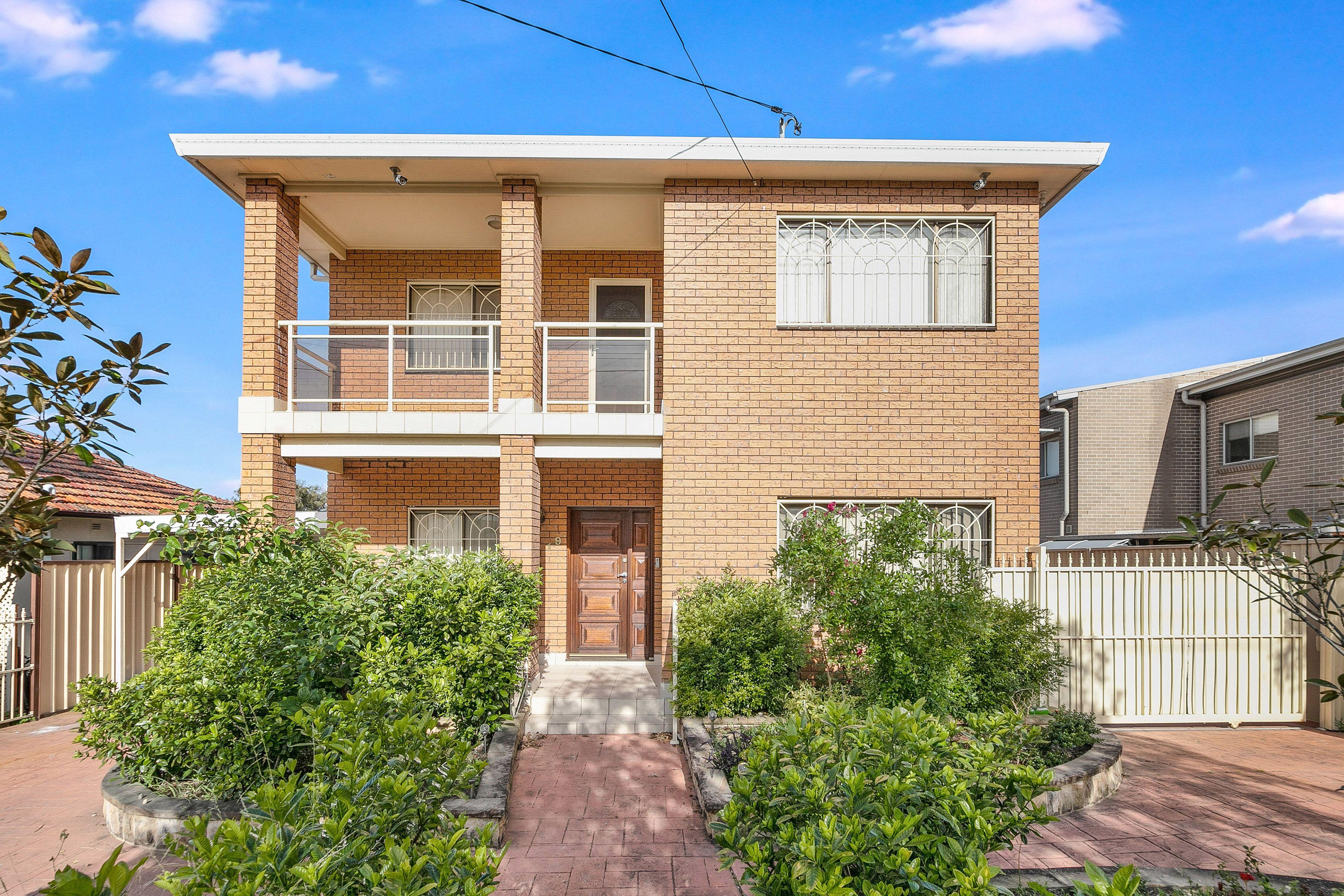 19 Tempe Street, Greenacre NSW 2190