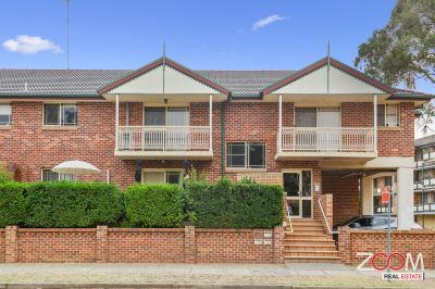 FANTASTIC OPPORTUNITY TWO BEDROOM UNIT IN PENRITH