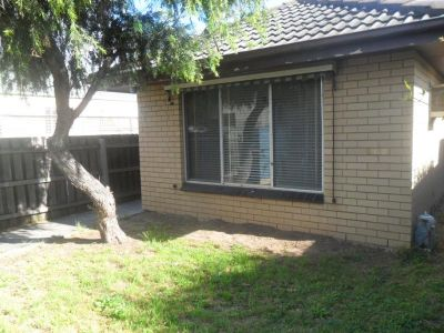 Large One Bedroom House. Great Spotswood Location
