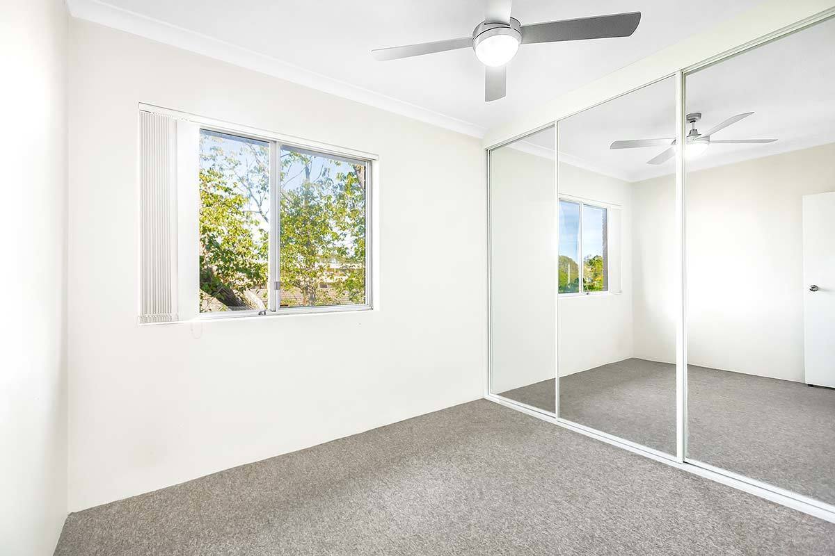6/35-37 Hampstead Road, Homebush West