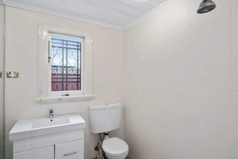 Sydney's Premier High Street - Fully renovated Terrace with outstanding features