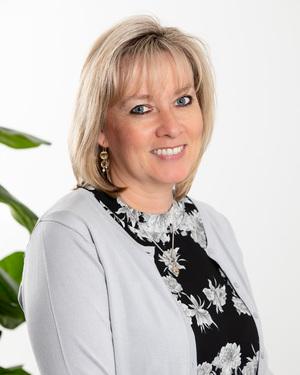 Julie Jones Real Estate Agent
