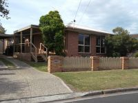 Family Home Within Walking Distance To The Beach!