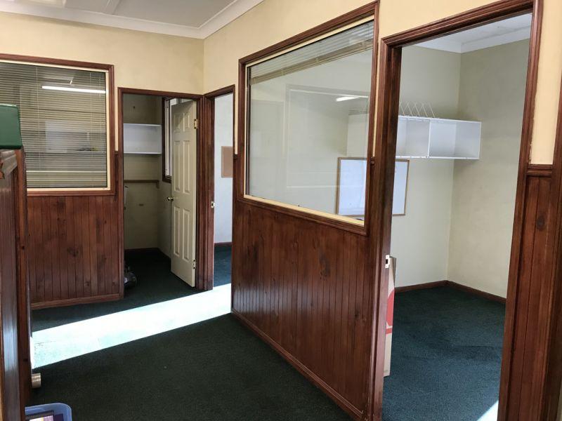 DOUBLE FIRST FLOOR OFFICE SUITE