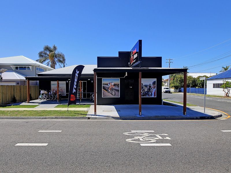 Commercial Property For Sale: Wynnum, QLD 4178