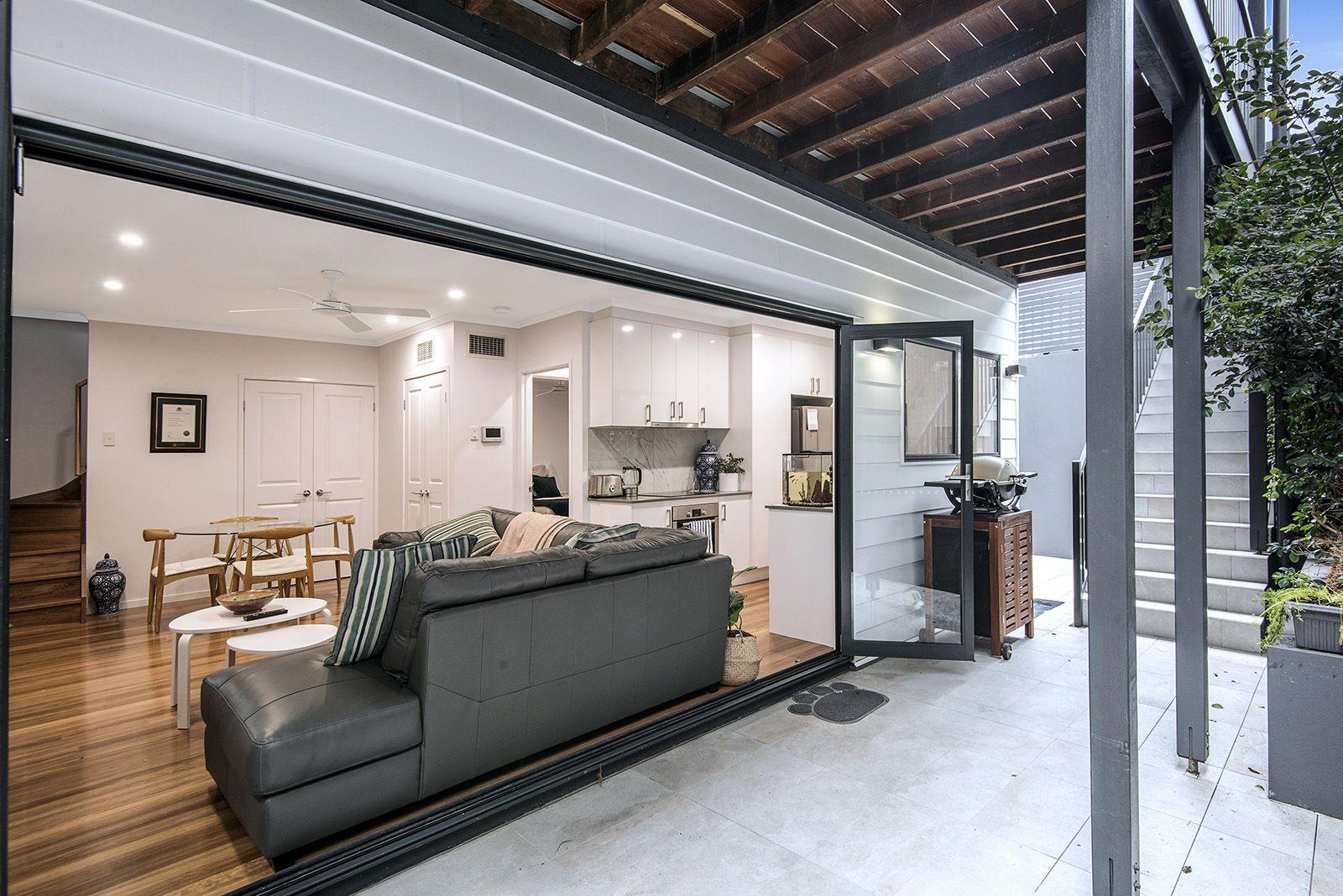 1/152 Jubilee Terrace Bardon 4065