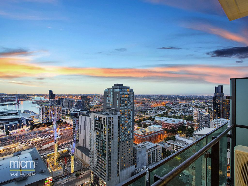 Views and CBD Ease in Melbourne One