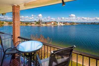 SENSATIONAL WATERFRONT OUTLOOK