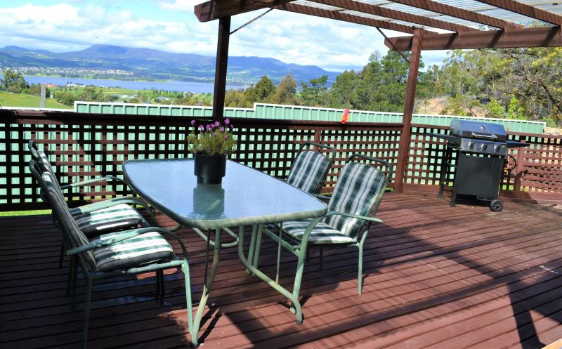 For Sale By Owner: 109 Forest Road, Granton, TAS 7030