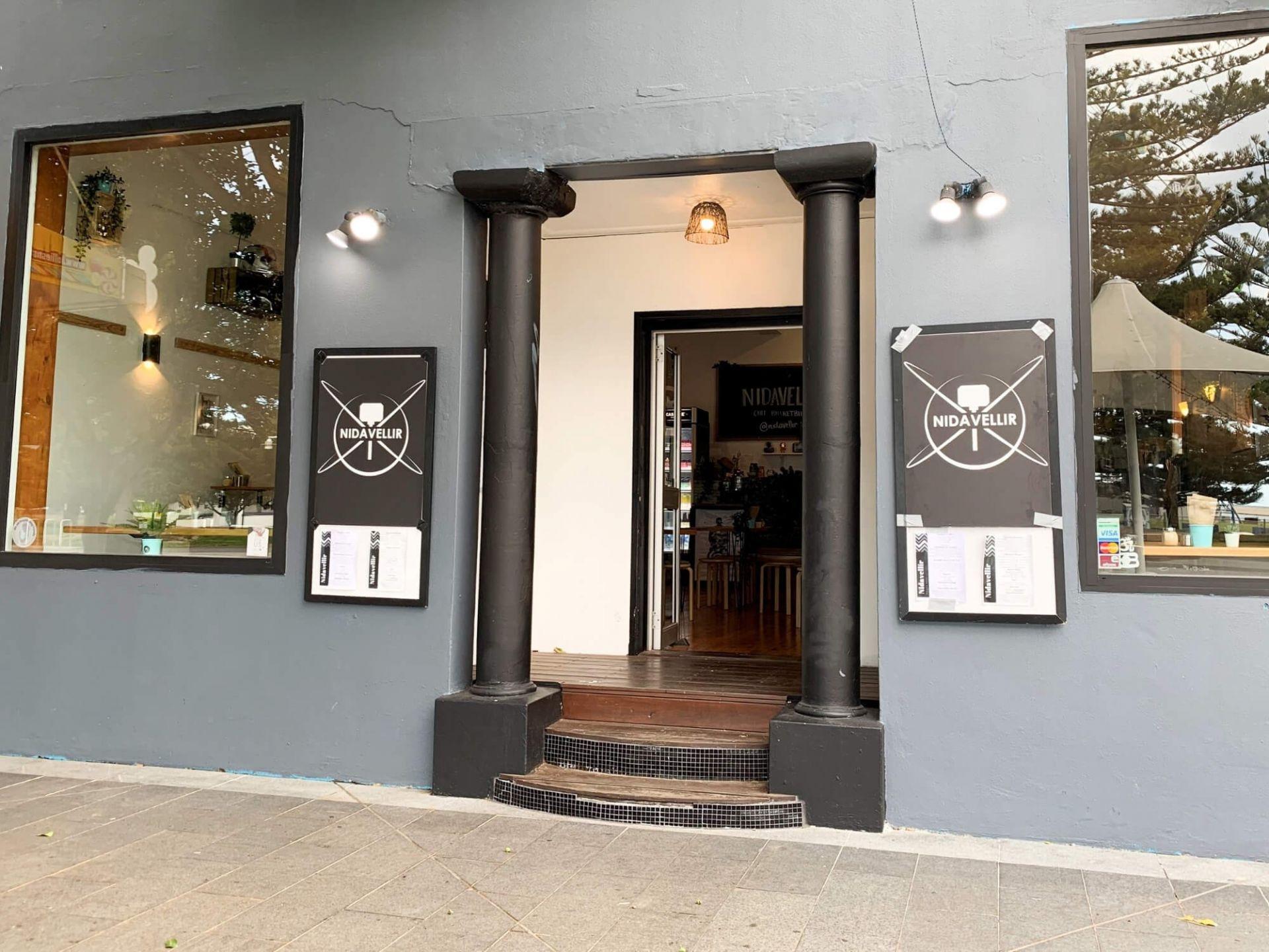 BUSINESS FOR SALE - Cafe/Restaurant