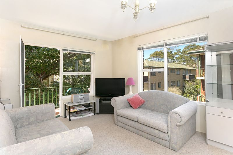Conveniently Located Near Dee Why Beach