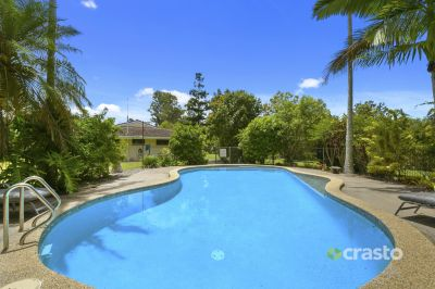 Enjoy the perfect Queensland Lifestyle on this Exclusive Acreage