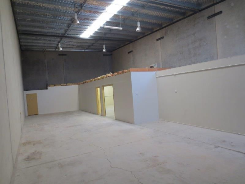 229sqm Well Presented Office and Warehouse