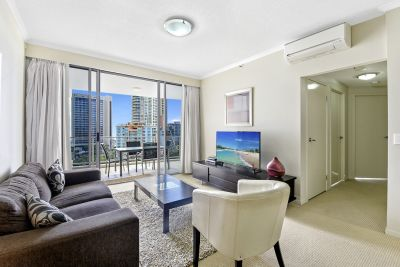 Exceptional Views! Fantastic Location in a Modern Building!
