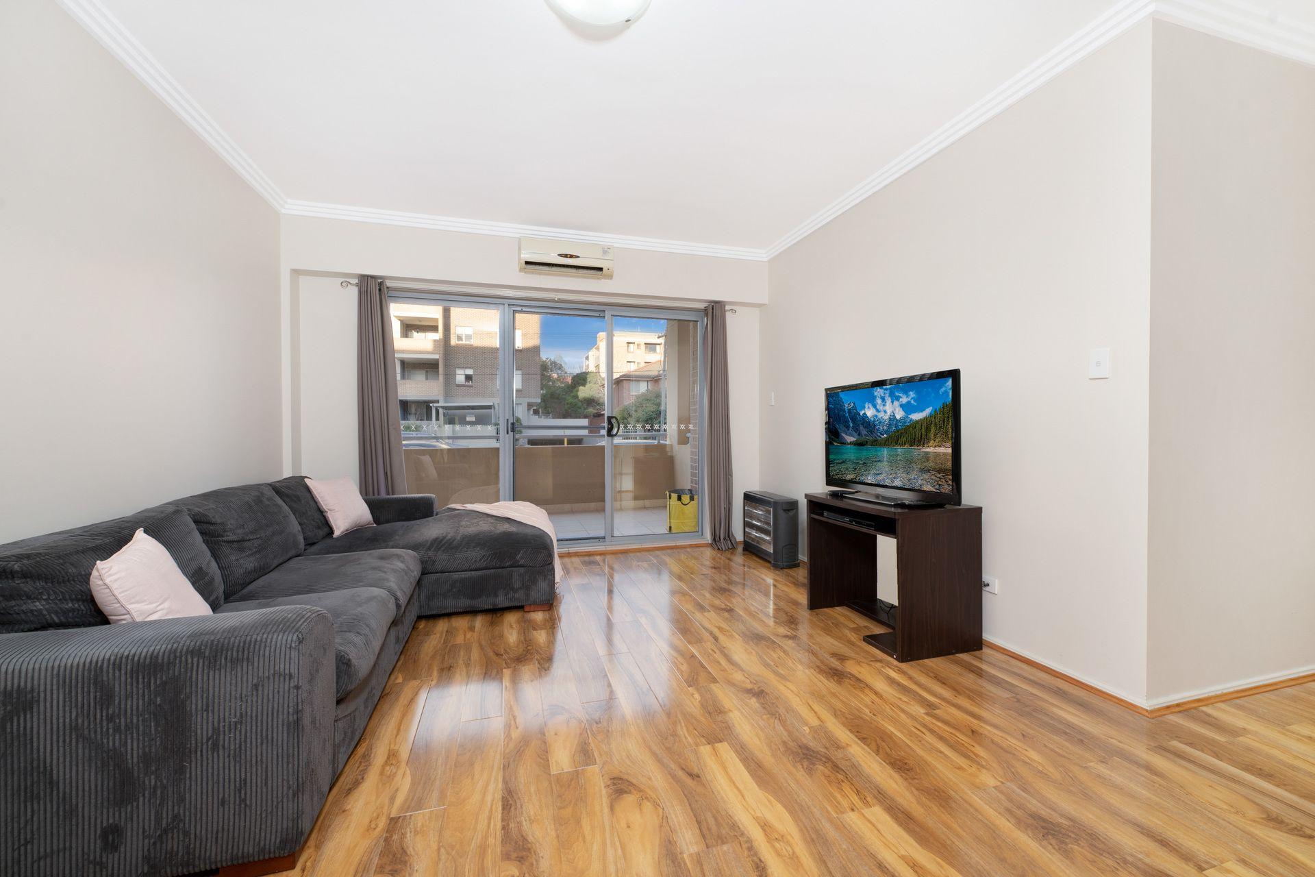 15/8-18 Wallace Street, Blacktown NSW 2148