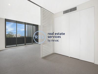 Studio Apartment with Parking in Green Square