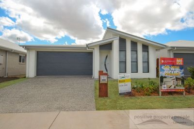 Large Family Home with Ducted Air-con in Aura Central!