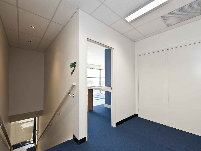 OFFICE / WAREHOUSE FOR SALE IN CLARKSON