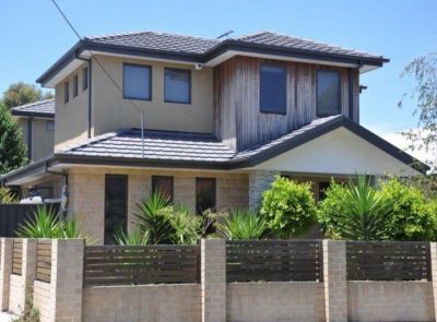Stunning 2 storey townhouse in brilliant location.