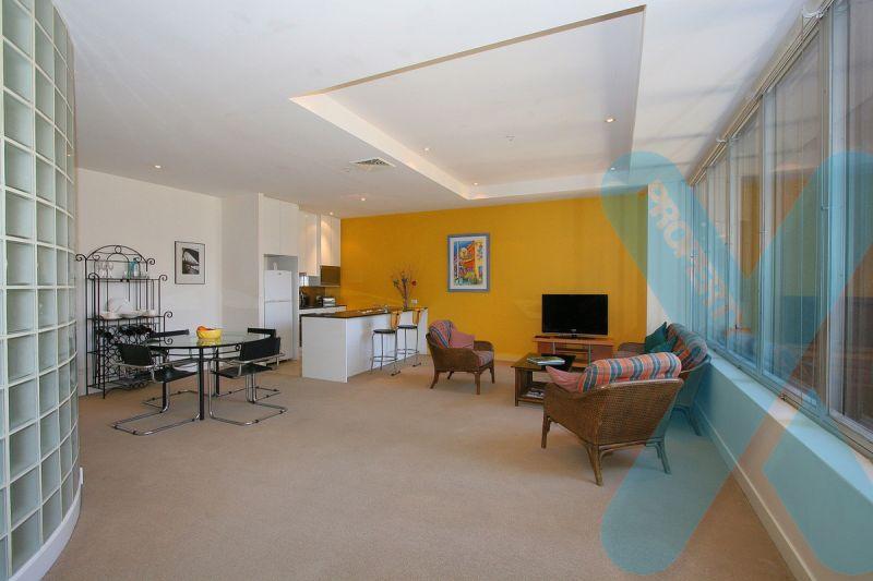Massive 2 Bedroom 2 Bathroom AND 2 CARPARK Apartment!