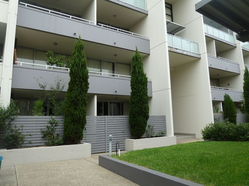 Well Presented 2 Bedroom Apartment